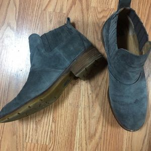 Sofft gray suede ankle boots